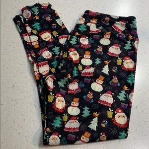 The Leggings Room plus size Christmas leggings